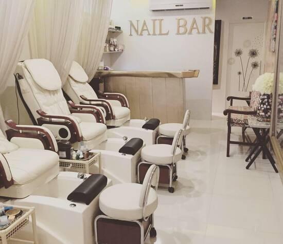 Nail Bar BQ