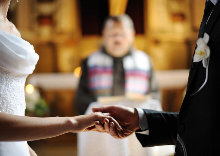 Cómo escoger el sacerdote para tu boda católica: consejos para hacerlo